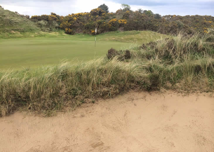 Royal County Down Bunker 10th