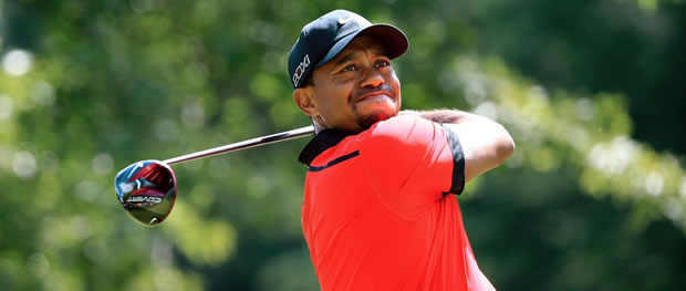 Tiger Woods and his new Nike VRS Covert Tour Driver